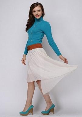 WomenE28099s-Winter-Turquoise-Blue-TurtleNecked-Cashmere-Sweater2.jpg